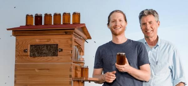 Australijczycy wynaleźli nowe ule z kranikiem do miodu